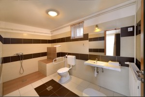 Apartman 2 - Fürdő 1